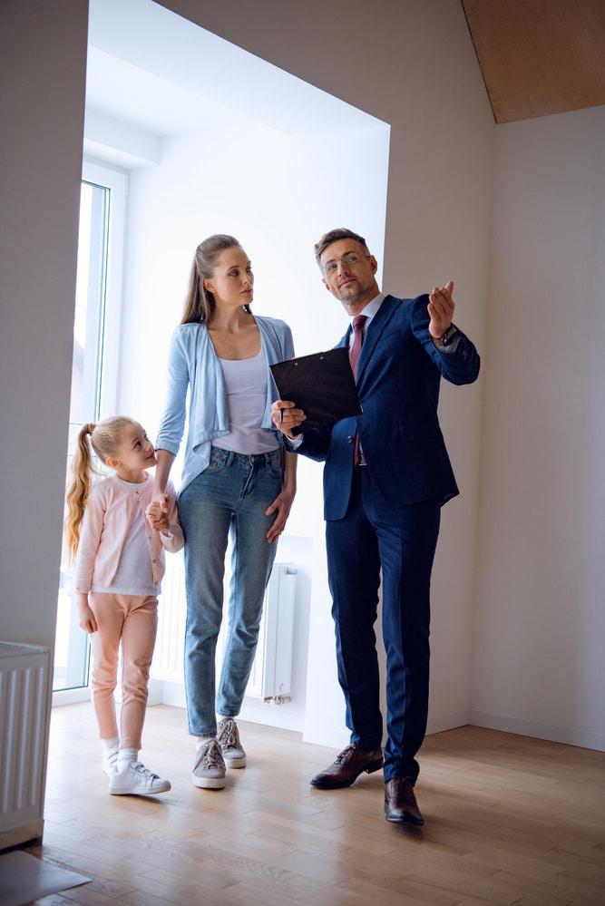 Besichtigung Immobilienmakler